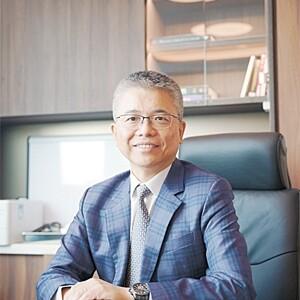 邱振中醫生 臨床腫瘤科專科醫生 Dr YAU Chun Chung Clinical Oncologist